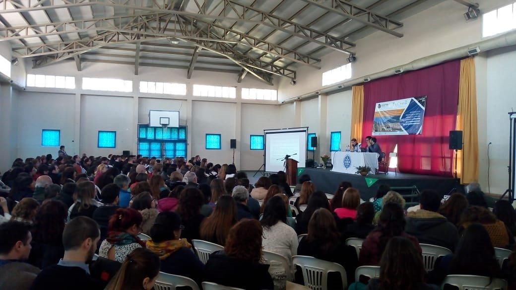 #UNCo – «Encuentro Iberoamericano de investigación en didáctica de las ciencias sociales en Bariloche».