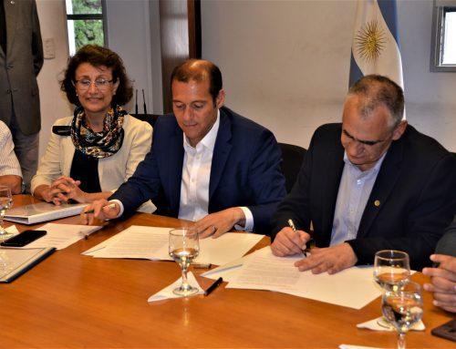 La provincia del Neuquén realizó un aporte de 50 millones de pesos para que la UNCo lo ejecute durante 2019.
