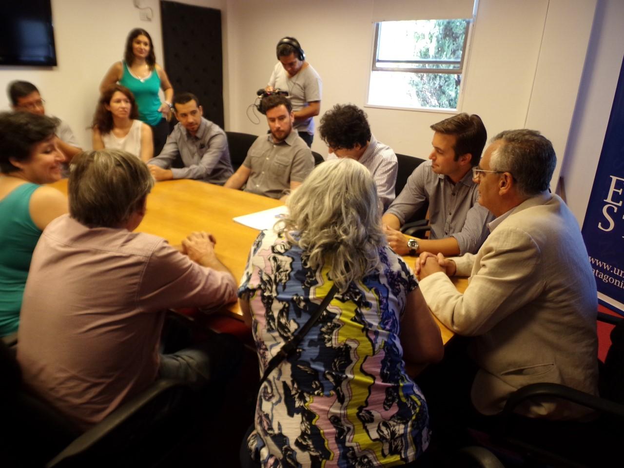 La UNCo firmo convenios con RTN y el Registro de Estado Civil del #Neuquén. #UNCo. #UNComa