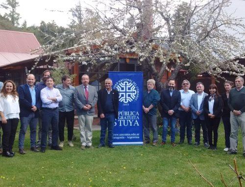 #UNCo #UNComa #Neuquén Comenzó el encuentro binacional entre la Universidad Nacional del Comahue y la Universidad de La Frontera de Chile en San Martín de los Andes.