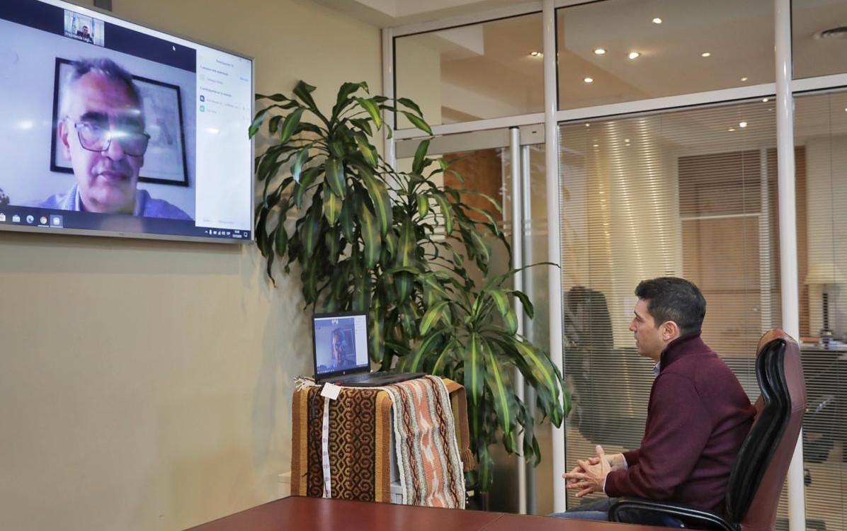 Las autoridades de la #UNComa y la Legislatura del #Neuquén firmaron un convenio de modernización en los sistemas operativos de ambas instituciones.